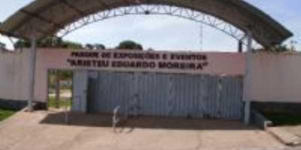 Parque de Exposições, Por Neide