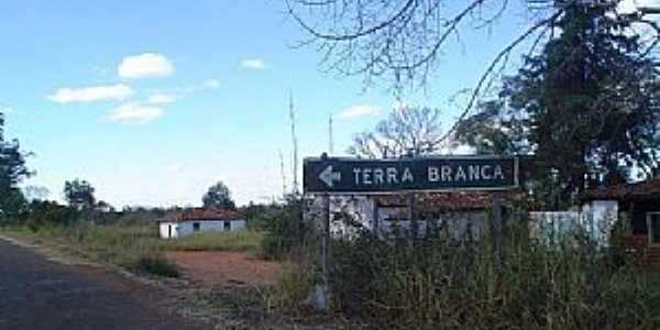 Imagens da localidade de Terra Branca - MG