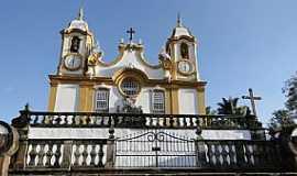 Tiradentes - Tiradentes-MG-Matriz de Santo Ant�nio-Foto:Paulo Yuji Takarada
