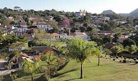 Tiradentes - Tiradentes-MG-Vista parcial da cidade-Foto:Paulo Yuji Takarada