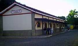 Tombos - Estação Ferroviária-Foto:Luiz Augustus de F C…