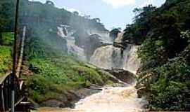 Tombos - Cachoeira