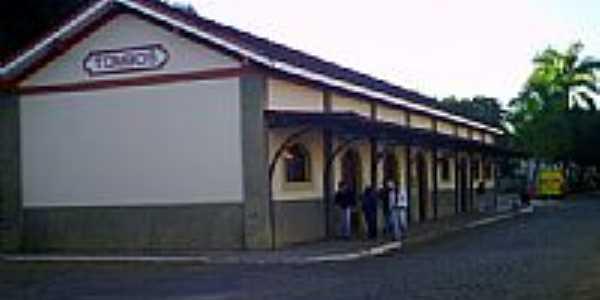 Estação Ferroviária-Foto:Luiz Augustus de F C…