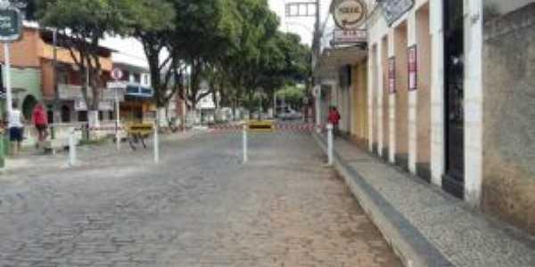 área central da cidade de tombos mg, Por Marcelo Serpa
