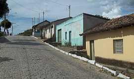 Topázio - Topázio-MG-Casario em rua central-Foto:Baltazar Viana