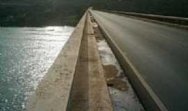 Três Marias - Ponte sobre o Rio São Francisco em Três Marias-MG-Foto:carlos braz df