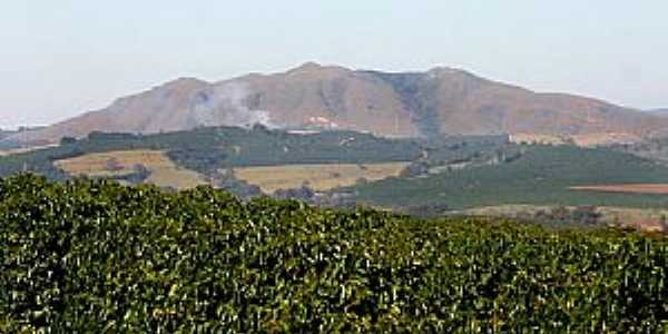 Serra de Três Pontas - MG