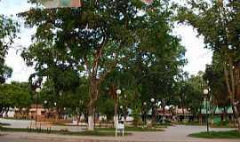 Tumiritinga - Tumiritinga-MG-Praça central-Foto:GeovaneJAlves
