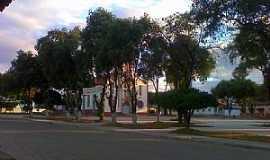 Tumiritinga - Tumiritinga-MG-Praça da Matriz-Foto:GeovaneJAlves-postado por Ktacona