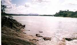 Tumiritinga - Tumiritinga-MG-Rio Doce-Foto:Bernadete R