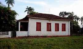 Tupaciguara - Tupaciguara-MG-Casar�o no Distrito de Brilhante-Foto:Igor Resende Martins