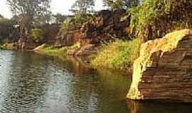 Barro Alto - Pedra Pintada em Barro Alto-BA-Foto:Joao Barreto