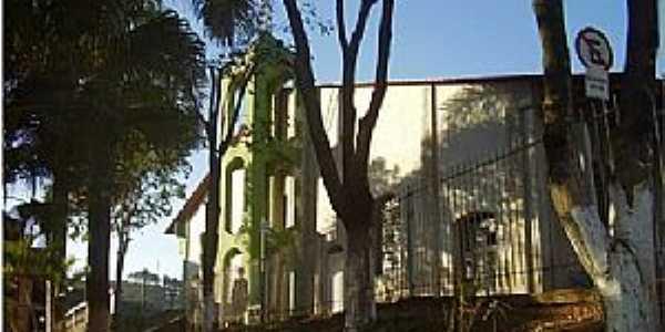Ubá-MG-Paróquia de São Sebastião-Foto:vichv