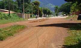 Uruana de Minas - Uruana de Minas-MG-Rua de Uruana-Foto:João Cássio Barbosa Costa