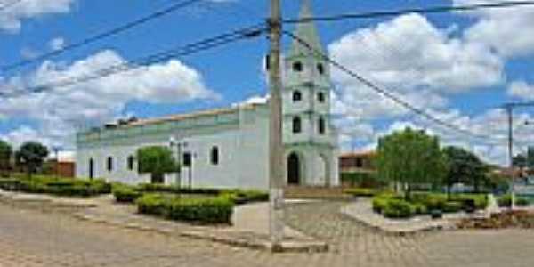 Praça e Igreja Matriz de Vargem Grande do Rio Pardo-Foto:ArmandoFS
