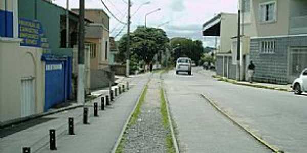 Varginha-MG-Trilhos no centro da cidade-Foto:Robson Souza