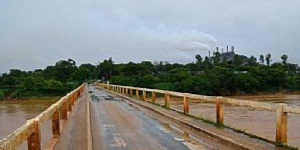 Várzea da Palma-MG-Ponte sobre o Rio das Velhas-Foto:Pr Copolla