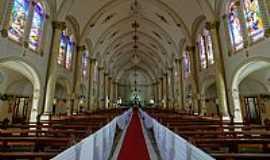 Viçosa - Viçosa-MG-Interior da Matriz de Santa Rita de Cássia-Foto:sgtrangel