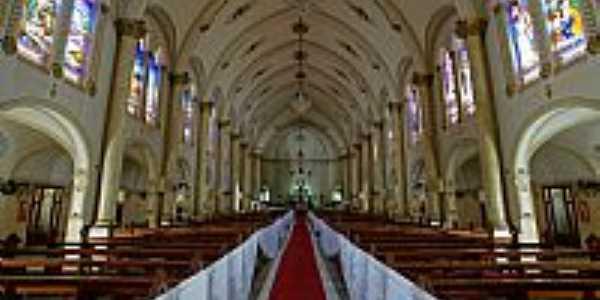 Viçosa-MG-Interior da Matriz de Santa Rita de Cássia-Foto:sgtrangel