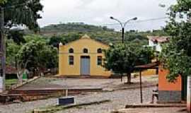 Vila Nova de Minas - Praça e Igreja-Foto:D. Andrade