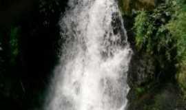 Virgínia - Cachoeira do Caete, Por alex