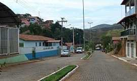 Virgol�ndia - Virgol�ndia-MG-Avenida central-Foto:Izaides