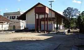 Volta Grande - Estação ferroviaria de Volta Grande por Jansen C O