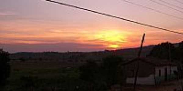 Batinga-BA-Pôr do Sol e a cidade-Foto:olhares.uol.com.br