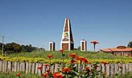 Bela Vista - Réplica do Monumento Internacional de Nhandepá - Foto Toninho Souza-Postado por:Roberto Boller