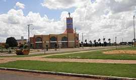 Chapadão do Sul - Chapadão do Sul-MS-Praça da Matriz de São Pedro Apóstolo-Foto:Cimicidio