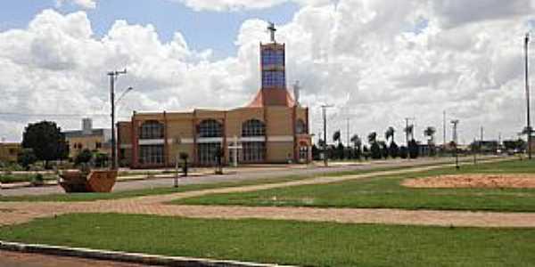 Chapadão do Sul-MS-Praça da Matriz de São Pedro Apóstolo-Foto:Cimicidio