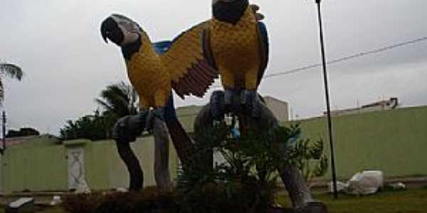 Corumbá-MS-Praça das Araras-Foto:www.loucosdasgerais.com.br