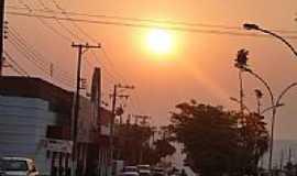Coxim - Pr do Sol na cidade de Coxim^- MS - por Ubaldo Gomes