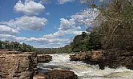 Coxim - Cachoeira das Palmeiras em Coxim-MS-Foto:soninha britez