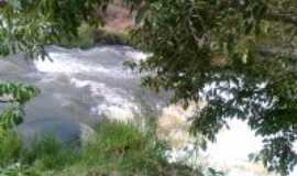 Deodápolis - cachoeira do pela, Por maria aparecida