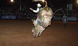 Deodápolis - Festa de Rodeio-Foto:eurimar [Panoramio]
