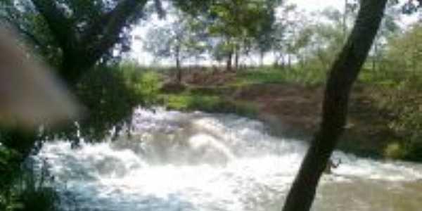cachoeira , Por maria aparecida
