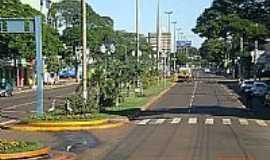 Dourados - Avenida Marcelino Pires-Foto:Paulo Yuji Takarada [Panoramio]