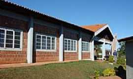 Garcias - Escola de Garcias-Foto:hiroshi omachi