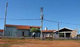 Garcias - Escola em Garcias-Foto:hiroshi omachi