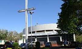 Gl�ria de Dourados - Igreja Matriz de N.S.da Gl�ria-Foto:Paulo Yuji Takarada [Panoramio]