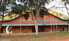 Iguatemi - Iguatemi-MS-Centro Poliesportivo-Foto:Sergio Falcetti