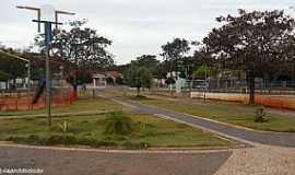 Iguatemi - Iguatemi-MS-Praça Marcílio Augusto Pinto-Foto:Sergio Falcetti