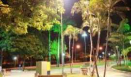 Ivinhema - praça central, Por paulo fotografo