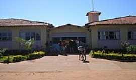 Jut� - Escola Estadual 31 de Mar�o