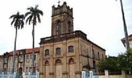 Miranda - Igreja Matriz de N.S. do Carmo foto Vicente A. Queiroz