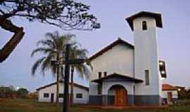 Nova América - Igreja no Distrito de Nova América-Foto:Paulo Yuji Takarada