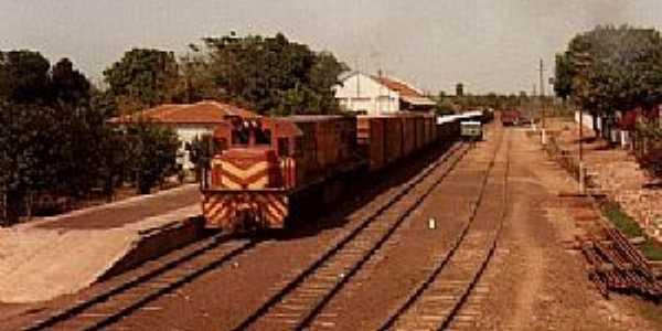 Palmeiras-MS-Estação Ferroviária em 1986-Foto:J. H. Bellorio