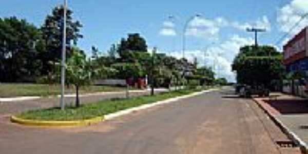 Avenida Marechal Dutra no centro de Paranhos-MS