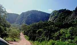 Piraputanga - Montanhas da Estrada Parque em Piraputanga-MS-Foto:Rivaldi